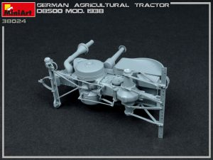 Build up 38024 GERMAN AGRICULTURAL TRACTOR D8500 MOD. 1938