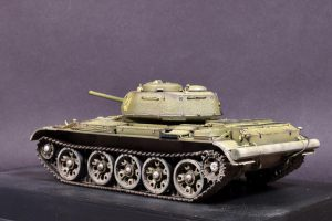 37002 T-44M SOVIET MEDIUM TANK + Sergey Rusakov