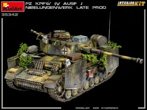 New Photos of Kit: 35342 Pz.Kpfw.IV Ausf. J Nibelungenwerk Late Prod. (Jan – Feb 1945) INTERIOR KIT