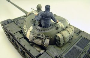 37027 T-55 SOVIET MEDIUM TANK + Dmitry Shavrin