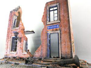 35015 BELGIAN VILLAGE HOUSE + E-Num Naronkorn Mr. Zombie