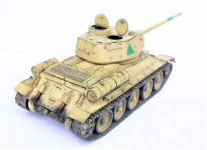 37071 EGYPTIAN T-34/85. INTERIOR KIT + David Nickels