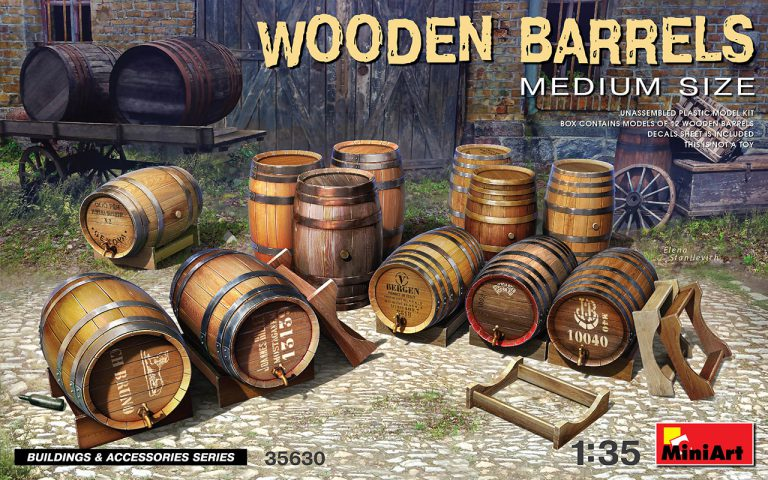 35630 WOODEN BARRELS. MEDIUM SIZE