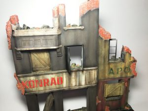 36036 DIORAMA WITH RUINED BUILDINGS + E-Num Naronkorn Mr. Zombie