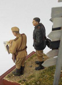 35027 SOVIET OFFICERS AT FIELD BRIEFING + Gustavo Sanchez
