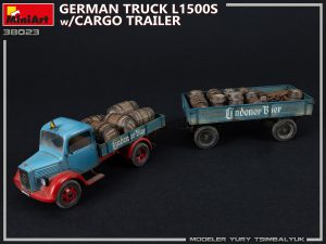 Photos 38023 GERMAN TRUCK L1500S w/CARGO TRAILER