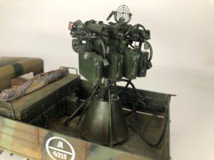 35186 SOVIET 1,5 t. TRUCK w/ M-4 Maxim AA Machine Gun + Vladimir Romanenko