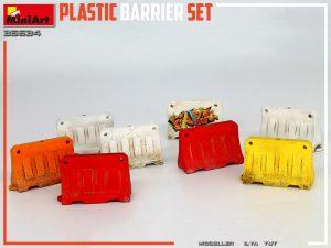 Photos 35634 PLASTIC BARRIER SET