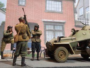 35097 BA-64B SOVIET ARMOURED CAR w/CREW + Igor I