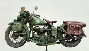 35172 U.S. MOTORCYCLE WLA w/RIDER 35585 ACCESSORIES FOR BUILDINGS DT Scale Modelling