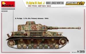Side views 35339 Pz.Kpfw.IV Ausf. J Nibelungenwerk. MID PROD. SEP-NOV 1944 INTERIOR KIT